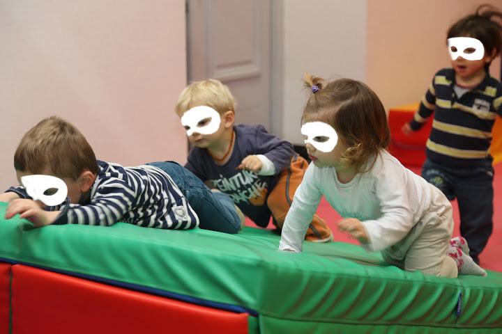 Enfants au Go Baby Gym